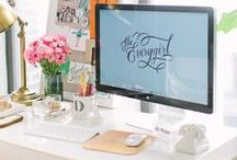 Home Offices & Libraries / home decor // home office & home library inspiration