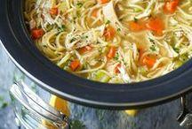 Slow Cooker Recipes / slow cooker recipes {slow cooker, crockpot, easy dinner, dinner ideas}