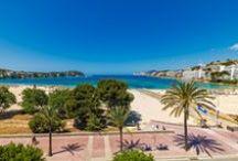 H10 Playas de Mallorca / Ubicado en primera línea de mar de la magnífica playa de Santa Ponça, el H10 Playas de Mallorca es un hotel de 3 estrellas que dispone de una completa gama de servicios. Entre sus principales atractivos destacan su piscina y zona de hamacas, un restaurante, un snack bar y un lobby bar. Además, el hotel cuenta con un variado programa de animación para adultos y niños. www.h10hotels.com/es/hoteles-mallorca/h10-playas-de-mallorca / by H10 Hotels