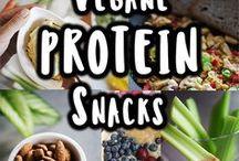 Zur Abwechslung mal Vegan / Vegane Gerichte passen super in die Fitness-Küche. Man kann sich lecker, einfach und unkompliziert von pflanzlichen Proteinquellen ernähren. Probiert es mal aus, fleischlose Gerichte sind eine tolle Abwechslung.