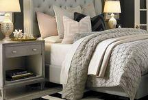 Cozy bedrooms and guest rooms / by Karolina Schmidt
