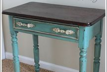 Chalk Paint ideas / Different things I can do with chalk paint / by Susan Ison