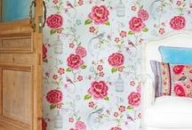 wallpaper / by Gretchen Knapp