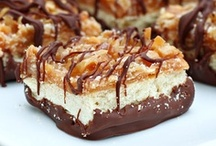 Desserts & Bars / by Lynda Rave