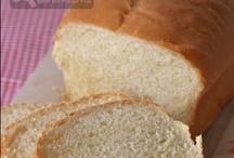 Breads / by Lynda Rave