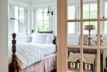 Cottage Bedroom / by Donna Maryes