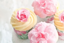 Cupcake Love / by Michelle Yao