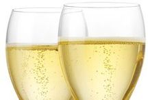 Champagne & Bubbles / Links to all things bubbly! From info about champagne and sparkling wine, to crafts, to recipes galore.