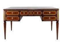 Klasik Mobilyalar / Varaklı işlemeleri, ağır tasarımlarıyla geleneksel zevkinizi yansıtan mobilyalar Altıncı Cadde'de.