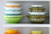 Pyrex Love / Showcasing fantastic and colorful Pyrex and other glassware. #pyrex #vintage #kitchen