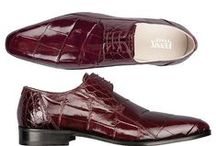 Men's Alligator Shoes / Our selection of genuine Alligator skin shoes best accentuate a lavish, sophisticated lifestyle. Whether closing that big business deal or spending a night on the town, these shoes and accompanying styles are sure to make an impression on all onlookers.