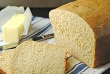 Food - Bread, Loaves / by Julia Timmons