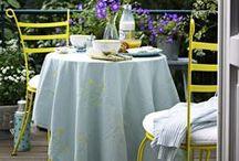 Willkommen im Garten! / Zu einem schönen Zuhause gehören auch Balkon und Garten. Mit unseren Tipps für gesunde Pflanzen und Blumen gelingt die Gartenpflege ganz leicht. So könnt Ihr Euer Stück Natur in vollen Zügen genießen!