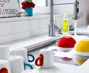 Clevere Küchen-Tipps / Eure Küche kann viel mehr, als nur zum Kochen genutzt zu werden! Mit modernen Küchengeräten und einer großzügigen Kochinsel wird dieser Raum zum beliebten Treffpunkt für Familie und Freunde.