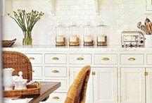 Dream kitchen plans / by Citrus and Mint Designs
