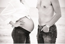 Beach Maternity Session and Babymoon Photos / Maternity photos on the beaches of Cancun, Mexico during your Babymoon