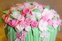 Amazing Cakes V / by Maria Pacheco-Arevalo DeAzucar CakeStudio