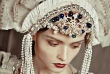Headdresses / by Sandra Scholte