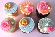 Cupcakes / by Sweet Servings ~ Cindy Soto