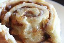 "Cinnamon Roll ""Crave"""