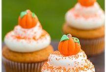 Cupcakes / by Kismet D