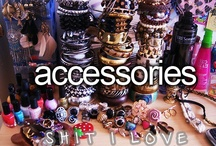 Accesorries / by Annika Berger