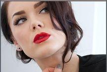 Hair, Nails, & Make-Up / by Sierra Duenweg