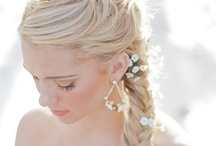 wedding hairstyles / Please add to this board along title theme. No spam, No nudity, No advertising ! If you would like to join group boards, you send me board name you want to join and your Pinterest address at e-mail(kinoshitanaokazu@gmail.com). Enjoy Pinning !