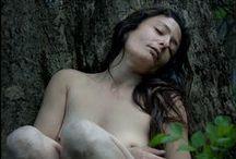Naturaleza Salvaje / Jornada de desnudo al aire libre, mimetizando el alma salvaje en la naturaleza. Modelo y Co-Producción: Sur Annys
