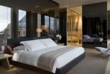 Hotels in Amsterdam / Looking for a place to stay while visiting the Dutch city of Amsterdam? We have a selection of Amsterdam hotels for you.