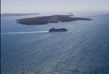 Paz y descanso / Santorini es Paz.  Disfrutando de las islas griegas bajo el  sol mediterraneo. / by Enrique Rayón