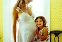 {Cutest} Pregnancy photos at UrbanBaby