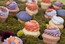 Wedding Cupcakes by Sift / Whether you are looking for modern and chic or wild and whimsical, you name it, we create it. Our cupcake & dessert bar adds a touch of flare and, above all, taste to your special  day!