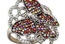 Jewelry / by Anna Hoke