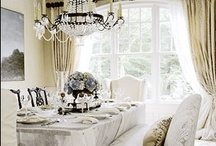 Fabulous Dinning Rooms / by Angelique Duseigne