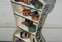 Upcycle Displays / Display the recycle way! Repurposed and upcycled items and ideas used for display in your store, office, studio, classroom, or home.  Clever and green.