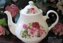 Of Roses and Tea Cups / Celebrating the rose in tea cups and more!