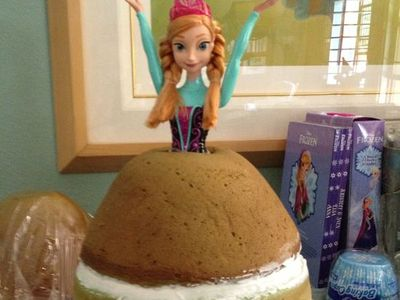 Frozen Doll Cakes On Pinterest Elsa Doll Cakes And