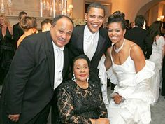 President Barak Obama With 1st Lady Michelle Obama With Mrs. Coretta Scott King  Son Martin L. King III. A Moment in History. . .