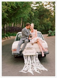 From 100 Layer Cake: Love this 50's inspired wedding getaway car!