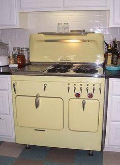 O Keefe Amp Merritt 2 Full Size Ovens 4 Burner Griddle