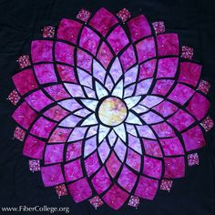 Reversed Stained Glass Dahlia with Mary Ann Hall. Fiber College of Maine 2015 workshop