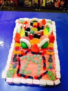 Dulce y colorida tarta de aniversario de Dulce Diseño Vila de Gràcia.