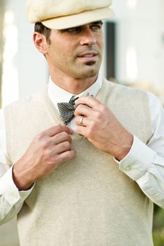 10 Must-Have Great Gatsby Wedding Details: dapper groom   Photo: Mike Larson