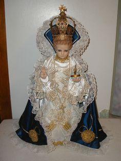 VINTAGE INFANT OF PRAGUE JESUS STATUE GLASS EYES RHINESTONE CROWN
