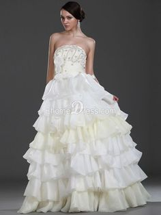 Organza Ball Gown Scalloped-edge Hall Wedding Gown with Ruffles TPWD10012