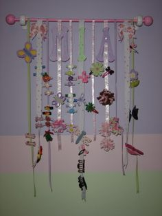 hair bow holder ideas | cool bow holder idea your babies are absolutely adorable here s a bow ...