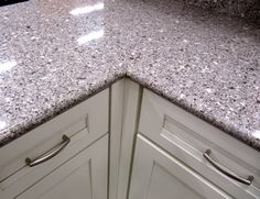 spray painted counter tops :) Rustoleum stone creations spray paint ...