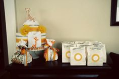 Bump Smitten: Real Baby Shower: Baby Giraffes