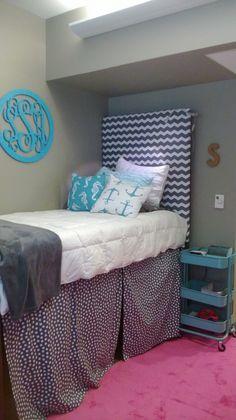 Fsu dorm finally done wildwood hall dreamy dorm for Fsu bedroom ideas